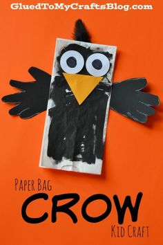Paper Bag Crow {Fall Kid Craft Idea} - Fall & Halloween Crafts For Kids - Paper Paper Bag Crafts, Paper Crafts For Kids, Craft Kids, Toddler Art, Toddler Crafts, Scarecrow Crafts, Scarecrows, November Crafts, September Art
