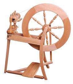 SEIT 45 JAHREN EIN KLASSIKER: Traditional #ashford #spinning #wheel