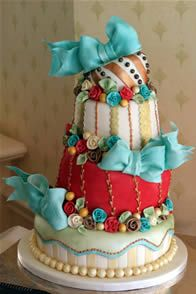 Cupcakes and Corsets: Carnival Weddding Inspirations
