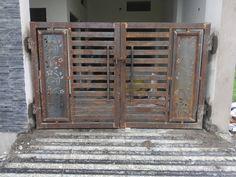 Grill Gate Design, House Main Gates Design, Front Gate Design, Front Gates, Entrance Gates, Welding Workshop, Metal Working Tools, Doors, Villas