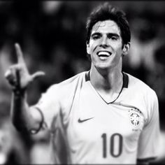 Kaká - Jogador de futebol brasileiro
