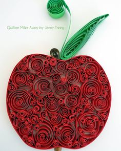 Project8: Passionate Fruits #quilling #art #quillingart #artist #jennytreeg #madebyme  #handmade #paper #colors #fruit #gift #present #apple #red