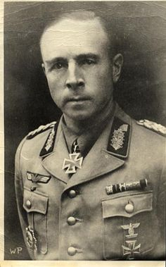 ✠ Friedrich-Wilhelm Hauck (10 January 1897 – 15 April 1979) RK 11.06.1944 Generalleutnant Kdr 305. Inf.Div