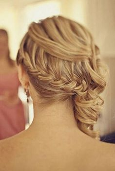Hairstyles with a wow effect! The 50 most beautiful wedding hairstyles for bride bridesmaids & maids of honor Bridesmaid Hair Updo beautiful bride Bridesmaids effect Hairstyles honor maids wedding WOW Side Swept Hairstyles, Braided Hairstyles Updo, Wedding Hairstyles For Long Hair, Wedding Hair And Makeup, Bride Hairstyles, Cool Hairstyles, Braided Updo, Hairstyle Ideas, Hair Wedding