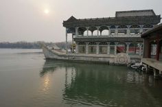 A smoggy day at the Summer Palace. Image by Anita Isalska / Lonely Planet