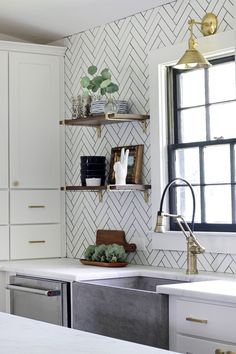 Love this sink, pendant light and wooden open shelves! (Hunted Interior)
