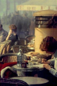 Cafe, Paris © Saul Leiter, 1959