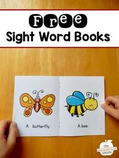 Free books help kids learn simple sight words - The Measured Mom Preschool Sight Words, Teaching Sight Words, Sight Word Activities, Preschool Literacy, Kindergarten Reading, Preschool Lessons, Early Literacy, Sight Word Booklets, Sight Word Readers