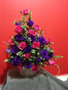 Pink roses & eustoma .......... For orders & enquiries please email to p01989@yahoo.com.sg or visit our FB myreika13