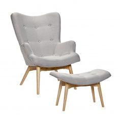 Sessel mit Hocker im Retrostil