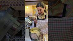 CASATIELLO la ricetta di Donna Imma Polese - YouTube Straw Bag, Youtube, Bags, Fashion, Handbags, Moda, Fashion Styles, Fashion Illustrations, Youtubers