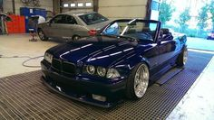 Blue BMW cabrio on Carline Dynatec wheels Bmw X5 F15, E36 Cabrio, E46 Coupe, Bmw Performance, Car Pictures, Car Pics, Bmw E30, Bmw 3 Series, Bmw Cars