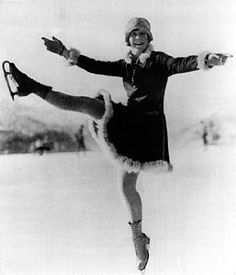 Sonja Henie - my mom's skating idol - and the reason I started figure skating lessons at age Ice Skating Images, Olympic Ice Skating, The Sporting Life, Skate Party, Ice Skaters, Vintage Winter, Winter Olympics, Old Photos, Vintage Photos