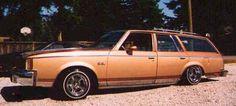 1980_Olds_Cutlass_Cruiser bagged wagon