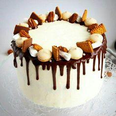 Бисквитный торт, дизайн, лазурь потеками
