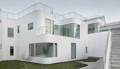 Casa V minimalista y eficiente / Dosis Arquitectura, A Coruña #architecture
