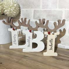 28 Reindeer Decoration Ideas that will be the Star of Your Christmas Décor Reindeer Clothespin, Wooden Reindeer, Reindeer Craft, Reindeer Decorations, Christmas Decorations, Reindeer Antlers, Snowmen, Diy Christmas Reindeer, What Is Christmas