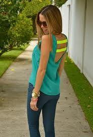 Resultados de la Búsqueda de imágenes de Google de http://cdn0.chicisimo.com/thumbs/files/2012/07/walkin-closet-shirt-blouses-nine-west-jewelry~look-index-middle.jpg
