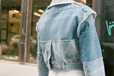 The trend for upcycling shows no sign of slowing with a new wave of designers Recycled Fashion, Recycled Denim, Denim Fashion, Fashion Outfits, Estilo Jeans, Look 2018, All Jeans, Denim Ideas, Fashion Details