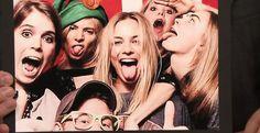 Prince Harry Parties With Margot Robbie, Sienna Miller, Cara Delevingne And Suki Waterhouse Sienna Miller, Cara Delevingne, Atriz Margot Robbie, Margot Elise Robbie, Prince Harry Party, Divas, Look Festival, Eugenie Of York, Suki Waterhouse