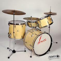 1957 Sonor Kit Danny Carey, Diy Drums, Vintage Drums, Drumline, How To Play Drums, Snare Drum, Gretsch, Drum Kits, Guitar Amp