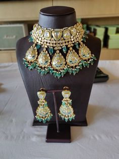 Choose Your Own Jewelry Styles India Jewelry, Jewelry Art, Antique Jewelry, Jewelry Design, Fashion Jewelry, Rakhi Design, Bride Necklace, Jewelry Patterns, Jewelry Trends