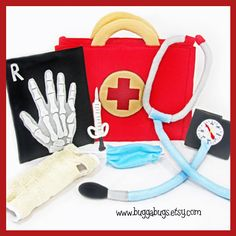 DOCTOR KIT - PDF Pattern (Bag, Stethoscope, Blood Pressure Cuff, Cast, Syringe, Mask, X-Ray)