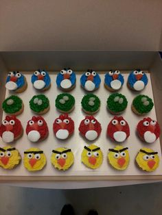 Angry Bird Cupcakes for Jarren's 5th birthday!!!!