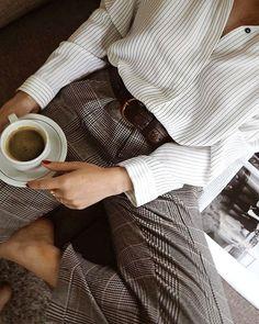 Carreaux Prince de Galles + fine rayures = le bon mix (photo The Editorelle)