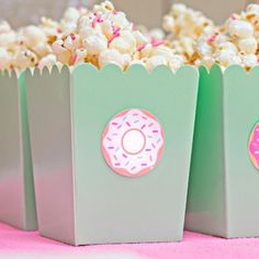 These sweet party dots can be used as drink tags, favors tags or even confetti! Set includes twelve 2 inch paper donut tags. Use double sided tape to achieve the look of the items shown. Photo courtes