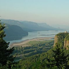 a two-hour stretch of road between Portland and The Dalles: the Historic Columbia River Highway.