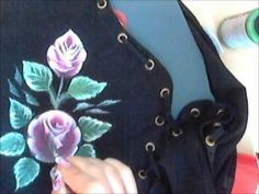 How to paint on black cloth. Paint rosa. One stroke