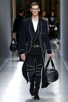 Sfilata Moda Uomo Balmain Parigi - Primavera Estate 2018 - Vogue