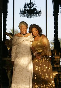 Oprah and Maya Angelou two of my favourite women, and both were and are inspirational! Still sad Maya Angelou has passed away! My Black Is Beautiful, Beautiful People, Beautiful Women, Simply Beautiful, Beautiful Things, Maya Angelou, Women In History, Black History, Carolina Herrera