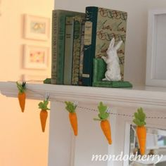 Darling carrots hung by clothespins!