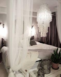 Så skönt med nybäddat i sängen, dags att hoppa ner här nu ❤ Sov så gott allihopa…