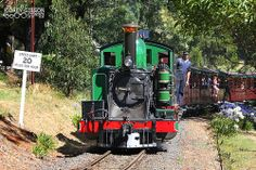 Puffing Billy Railway - 6A near Emerald. The Puffing Billy Railway is a narrow gauge 2 ft 6 in (762 mm) gauge heritage railway in the Dandenong Ranges near Melbourne, Australia.