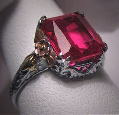 Antique Ruby Ring. Beautiful! Husband!!!! This is the kind of ring I like!!!