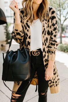 Leopard Cardigan Outfit, Leopard Print Outfits, Animal Print Outfits, Animal Print Fashion, Cardigan Outfits, Leopard Sweater, Animal Print Clothes, Leopard Vans Outfit, Leopard Clothes