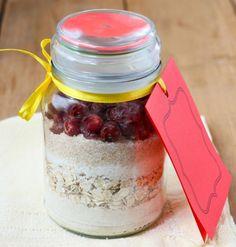 I biscotti nel barattolo: la ricetta per un regalo originale, utile e creativo