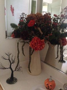 Fall/ otoño  Holloween/ arreglo floral Floral arrangement
