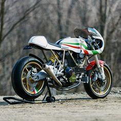 walt-siegl-leggero-motorcycles-4.jpg 1 200×1 200 pixels