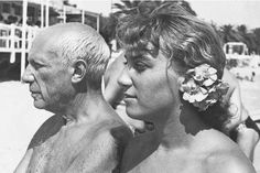 Pablo Picasso et sa fille Maya, Août 1952. With daughter Maya
