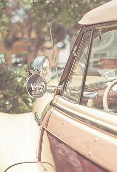 Vintage Car for Summer Days!