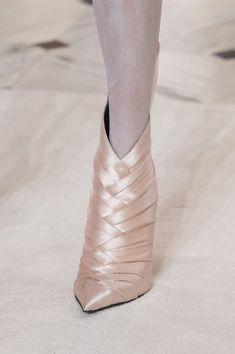 shoes Balmain Paris at Couture Spring 2019 - Details Runway Photos High Heel Boots, Heeled Boots, Ballet Shoes, Dance Shoes, Evolution Of Fashion, Balmain Paris, Formal Evening Dresses, Short Boots, Me Too Shoes
