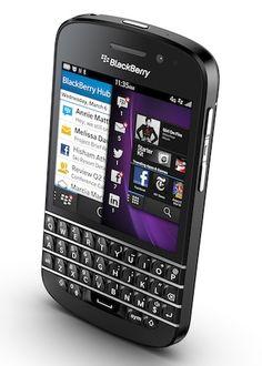 """BlackBerry Q10″ สมาร์ทโฟน QWERTY จอสัมผัส Super AMOLED, ซีพียู Dual core 1.5GHz, กล้อง 8 ล้าน"