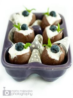 Easter Eggs with white chocolate mousse