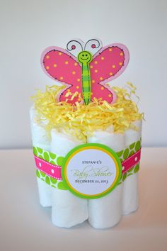 Butterfly/Flower/Heart Girly Mini Diaper Cake - Baby Shower Gift, Centerpiece or Hospital Gift Baby Shower Cake Pops, Baby Shower Diapers, Baby Shower Themes, Shower Ideas, Butterfly Diaper Cake, Butterfly Baby Shower, Baby Boy Shower, Baby Shower Gifts, Baby Gifts