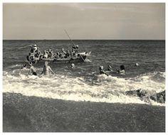 lo que ve la cámara: Las 'ama' ... las mariscadoras portadoras de las alegrías y tristezas de los habitantes del mar    Iwase Yoshiyuki http://loquevelacamara.blogspot.com.es/2016/02/las-ama-las-mariscadoras-portadoras-de.html