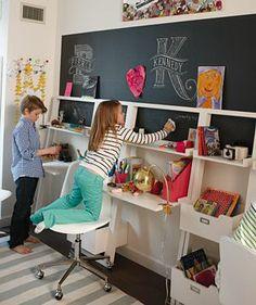 Kid study area Little Sloane Leaning Desk (White)